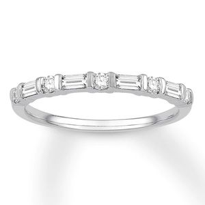 14k white gold diamond anniversary band 1/3 ct